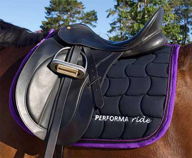 performa ride saddle pad purple 1