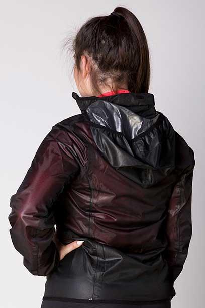 focus rain jacket hood back left performa ride